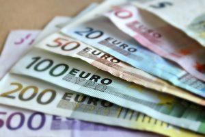 Come chiedere un prestito senza la busta paga?