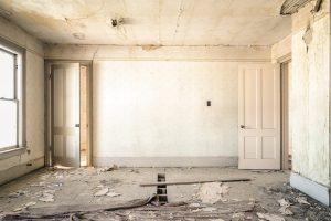 dilapidated-983952_960_720