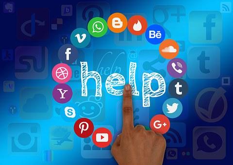 social-media-1432937__340